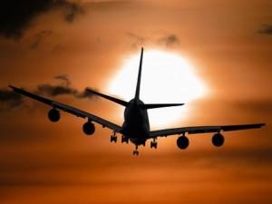 aircraft-1362587__340