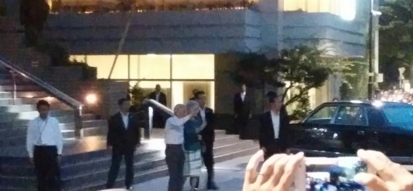 天皇皇后両陛下が、我が中村橋駅に\(^o^)/