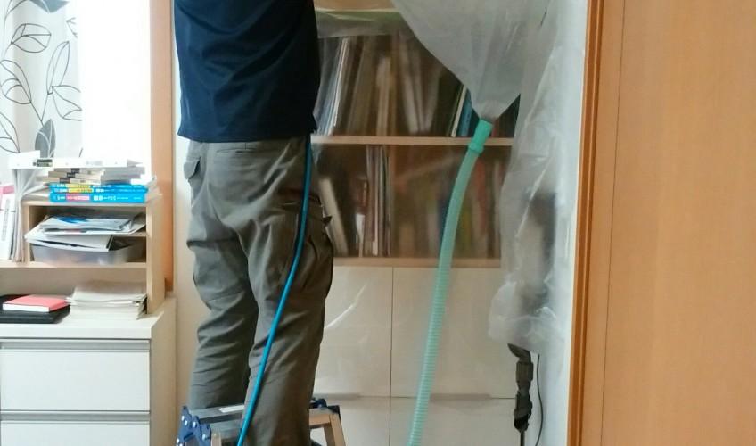 プロのエアコン清掃(^_^)b