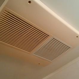 浴室換気暖房乾燥器を清掃\(^o^)/